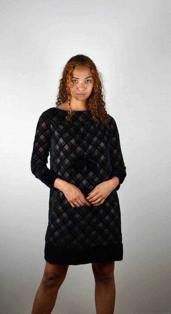 Vintage 60s Dress / 1960s Vintage Black A-Line Dre