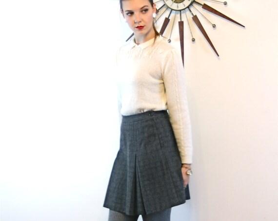 Vintage Plaid Wool Mini Skirt School Girl High Waisted Charcoal Gray Black Checker Tweed Above the Knee Preppy 90s J.Crew Short Skirt Sz 6
