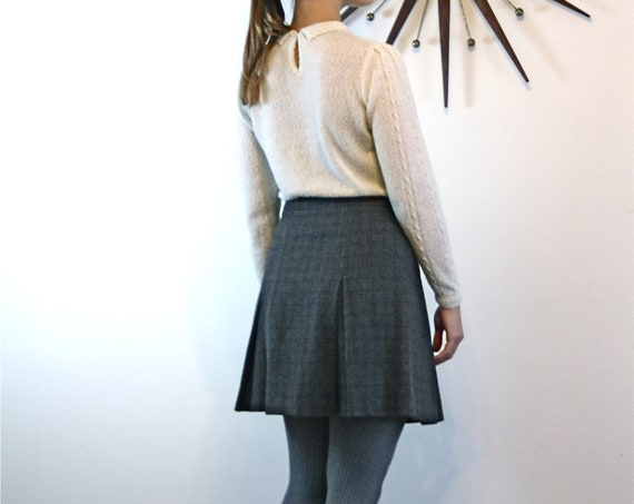 Plaid Wool skirt, Gray Mini Skirt, School Girl skirt, High Waisted, Above the knee,Tweed twill wool, Short Preppy prep, vintage J Crew, Sz 6