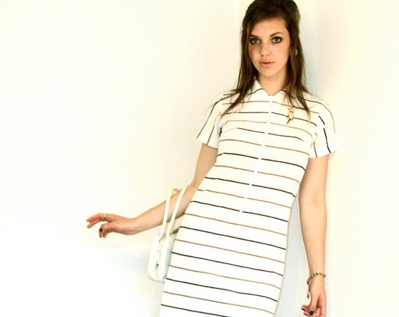 Mod Mini Dress, 60s Go Go dress, 60s Mini dress, Black & White Stripe Dress, Big Collar dress, Scooter Girl dress, 1960s Polyester A-Line