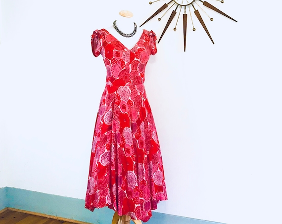 1950s Silk dress with pink and red Chrysanthemum flowers, Authentic vintage 50s fit and flare dress