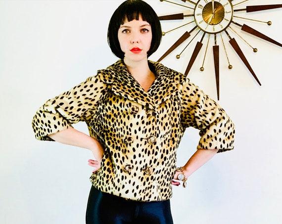 SOLD - SOLD - 60s Leopard Jacket, Vintage 50s short coat, Cheetah Print Jacket, Faux fur, 1950s Cropped coat, 1960s Retro Mod