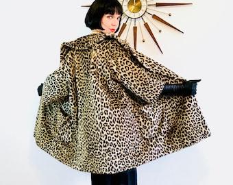 Manteau imprimé léopard, des années 60 un manteau léopard, Guépard impression manteau, manteau trapèze léopard, manteau de Swing de léopard, des années 50 manteau léopard, 1960 60 veste léopard