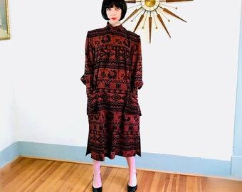 Yves Saint Laurent, des années 80 YSL, robe des années 1980 Boxy, épaulettes énorme, rouille orange brûlé, Vintage YSL robe, col montant, manches longues bouffantes