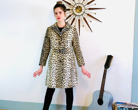 60s Cheetah Coat, Leopard print coat, Vintage Mod Coat, Animal Print stroller coat, Leopard trench coat, Faux Fur Coat, Long womens coat