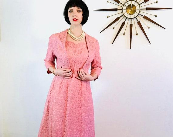 Vintage 50s Volup Dress, Full Lace Dress Jacket Set, Pink lace Suit, Ladies Two Piece, Vintage 1950s Dress, 50s cropped bolero