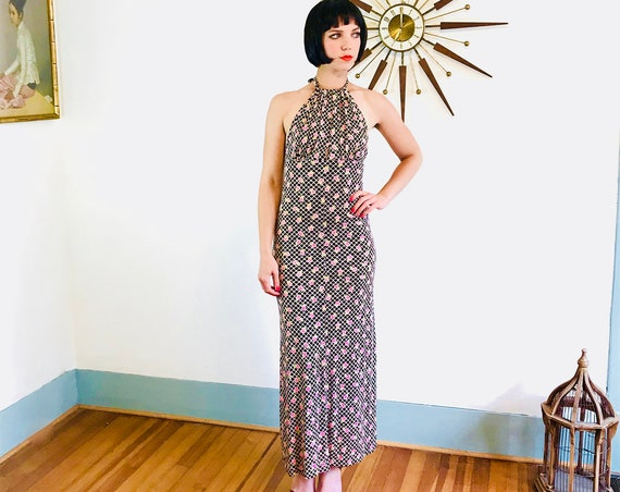 1970s Maxi Dress, Slinky halter dress, 70s disco dress, Sexy Keyhole, Brown pink flowers, Floral hippie dress, long Boho dress, vintage maxi
