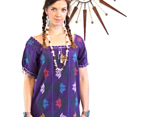 Bohemian Maxi Dress, 70s Guatemalan Dress, Long Embroidered Caftan,Vintage 1970s kaftan,Boho hippie dress,Ethnic Peasant dress,Purple Cotton