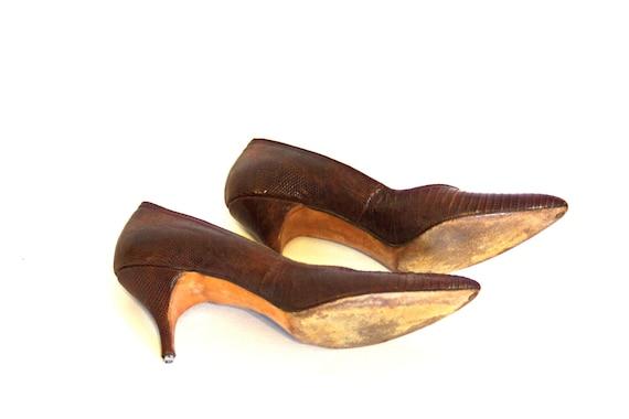50s Snakeskin heels, Vintage 1950s pumps, Rhythm Step ladies shoes, Brown leather reptile croc, Pointy toe stilettos, SZ Women's 6.5 - 7 N