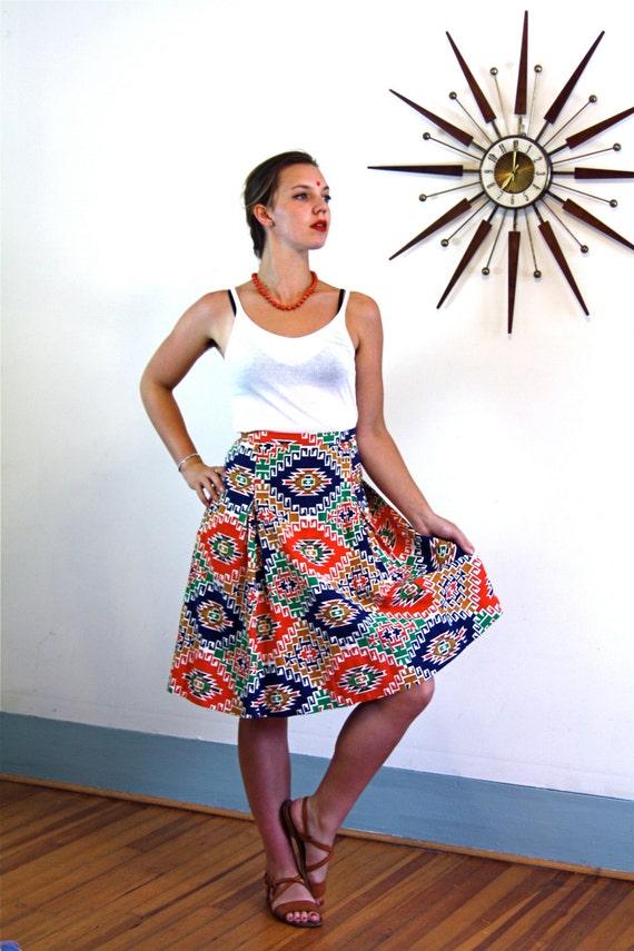 Vintage 70s skirt/ southwestern skirt/ tribal pattern skirt/ ethnic print skirt/ western print skirt/ Navajo blanket print/ desert chic/  L