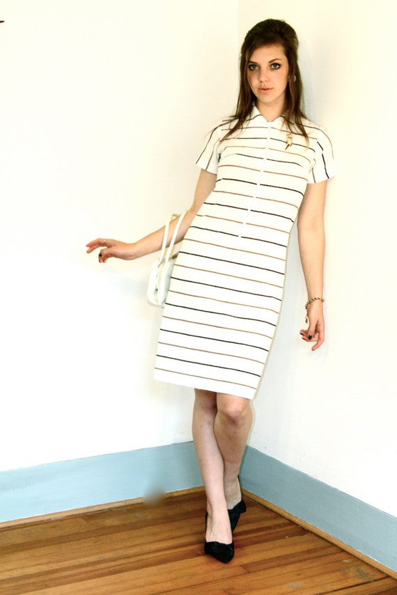 Mod Mini Dress, 60s Go Go dress, 60s Mini dress, Black & White Stripe Dress, Big Collar dress, Scooter Girl dress, 1960s Polyester A-Line