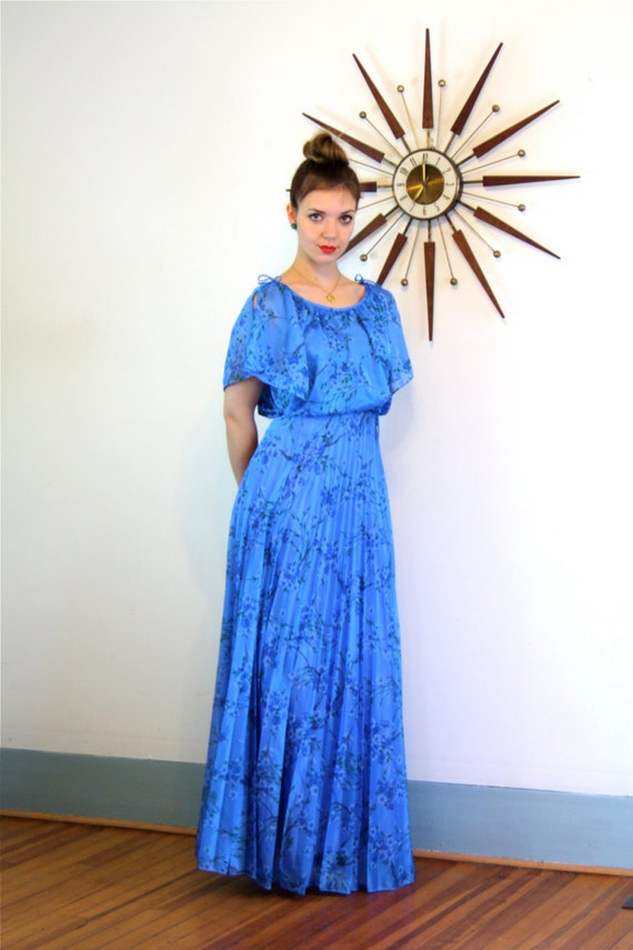 Vintage 1970s Tiered Maxi Dress Blue Floral Gypsy Boho Flutter Sleeve Pleated Full Skirt Hippie Festival 70s Romantic Long Prairie Dress