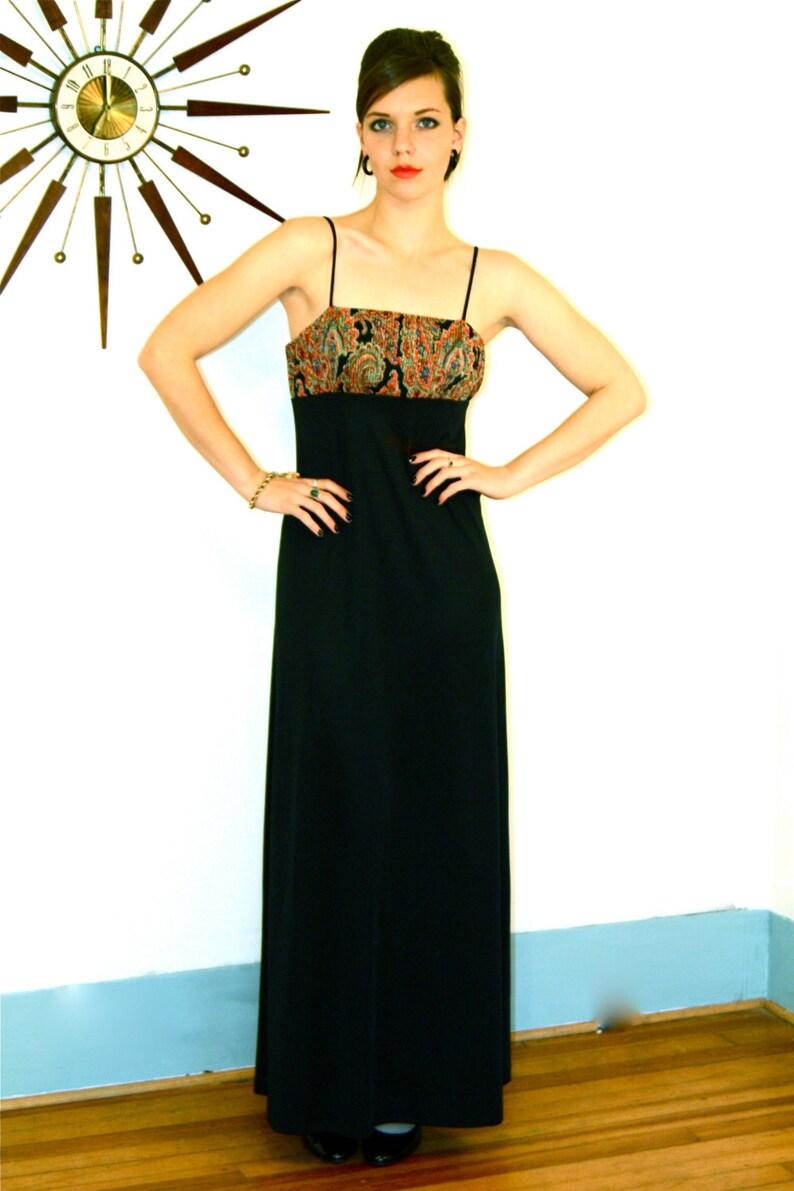 d7718689eb9 70s Maxi Dress Vintage 1970s maxi Paisley maxi dress