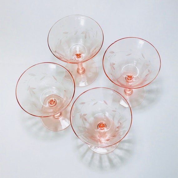 Pink cocktail glasses, 30s 40s coupe glasses, Etched glass cordials, Set of 4 four, Champagne glasses, Aperitif glasses, Vintage stemware