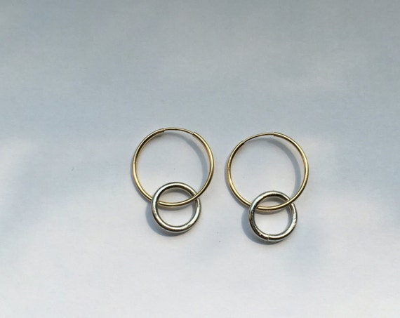 Mixed metal ring hoops