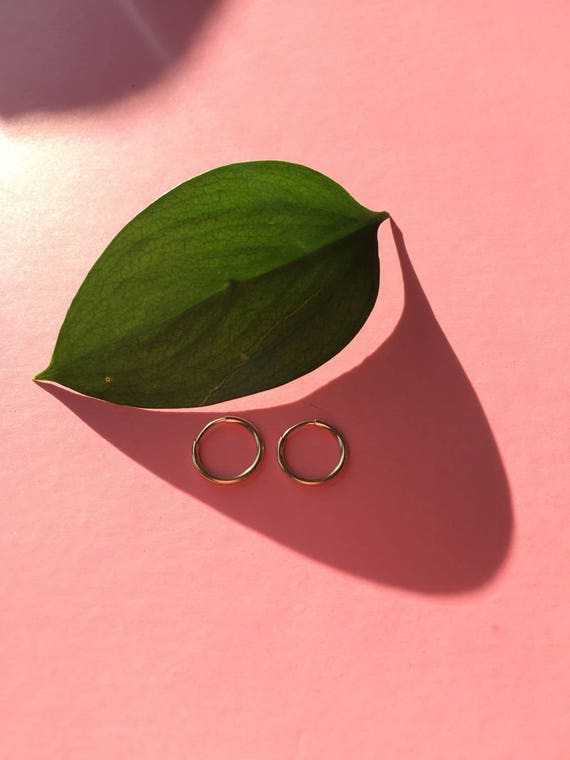 Small Gold Hoop Earring - 12mm