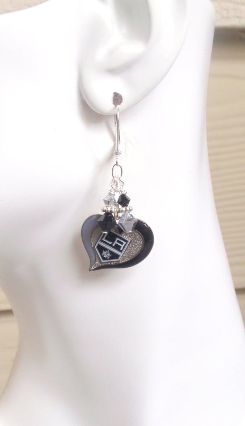 LA Kings Black and Silver Crystal Pro Hockey Women/'s Dangle Earrings