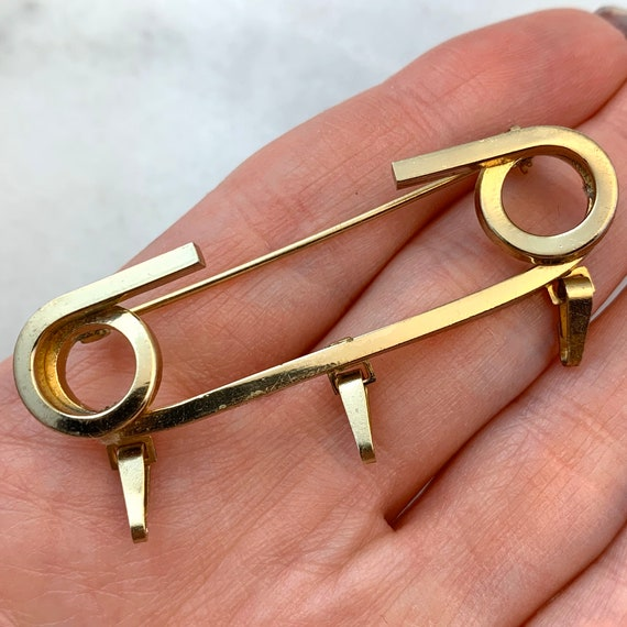 Safety Pins, Safety Pin Brooch, Charm Holder Pin,