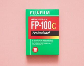 Fujifilm Fuji FP-100c Professional Instant Color Polaroid Film - 1 pack / 10 photos 2018