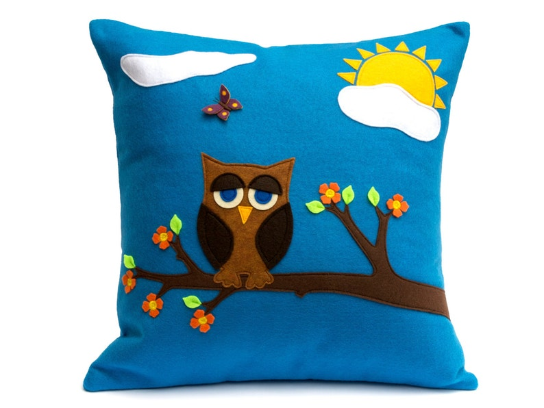 Pillow Cover  Little Owl in Springtime  Appliqued Eco-Felt  image 0