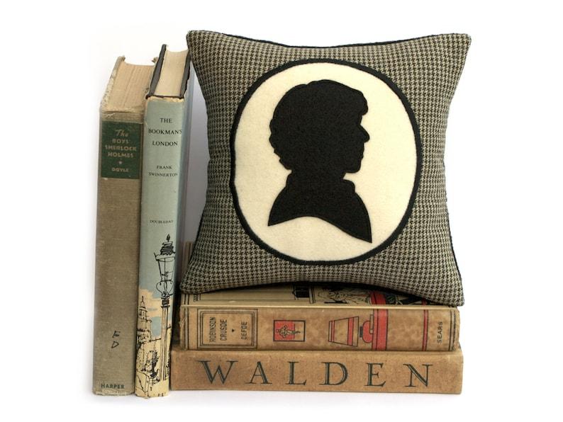 Modern Sherlock Holmes Houndstooth Shadow Silhouette Bookshelf image 0