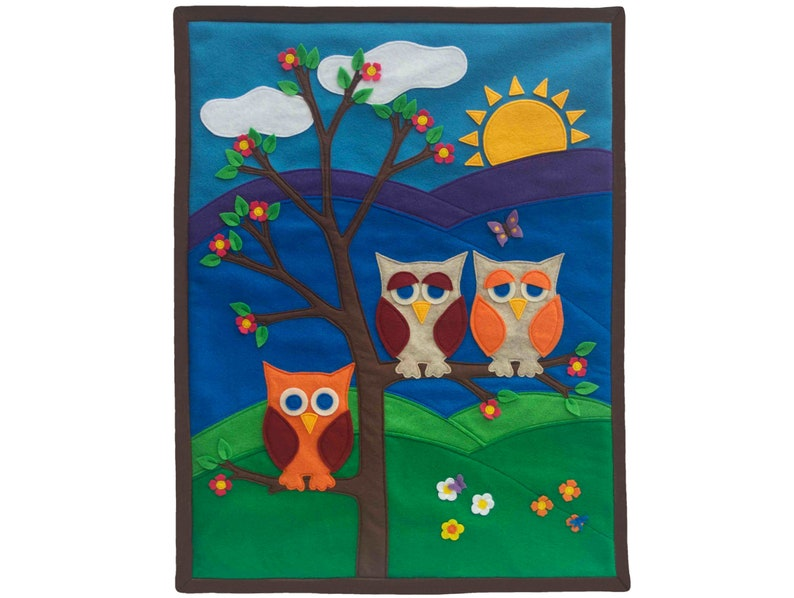 Little Owl Wall Hanging Appliqued Eco-Felt Banner  The Making image 0