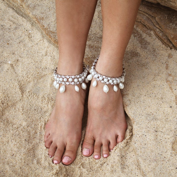 Pearl anklet ankle chain bohemian bridal jewellery boho bride anklets: Mazi Gold boho anklet gold anklet Ladies anklet foot chain