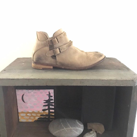 Free People Taupe Leather Bootie // Size 8