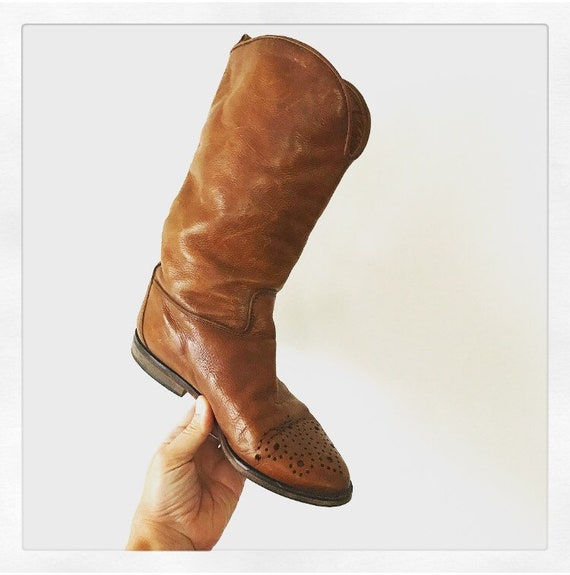 Caramel Leather Western Boot with Detail at Toe //