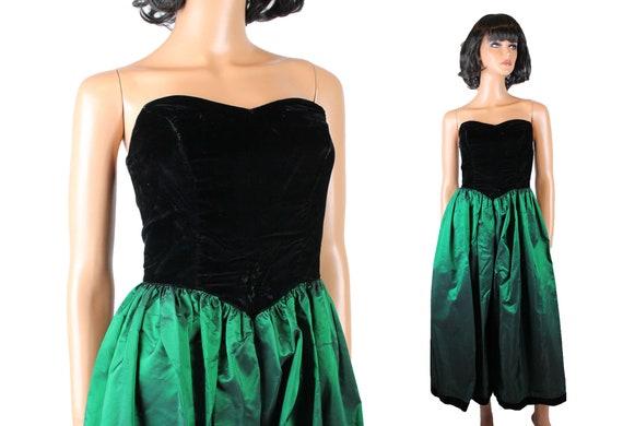 Diamante Buttons Cocktail Dress: Size 6 US 1980s Short-Sleeve Crushed Velvet Dress w Dropped Waistline Vintage Black Velvet Dress 10 UK