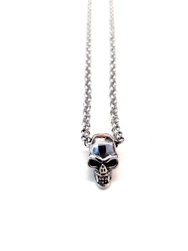 Stainless Steel Skull Necklace for Men. Guy Pendant Necklace. image 0