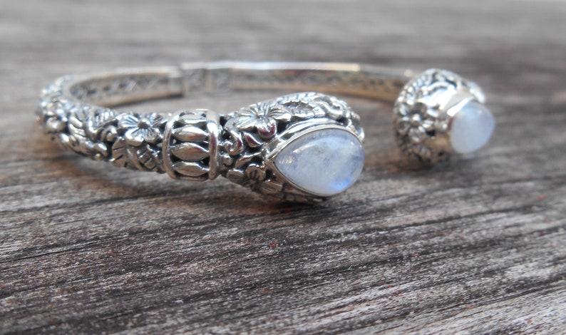 #213b Bali Solid Silver sterling Moonstone gemstone bangle bracelet  silver 925  Bali handmade jewelry 7 inch
