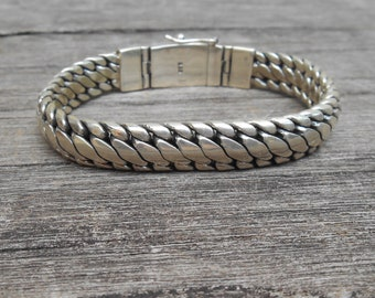 Heavy thick solid sterling Silver bracelet  / Silver 925 / Bali handmade jewelry / request your length ! / (#106b)