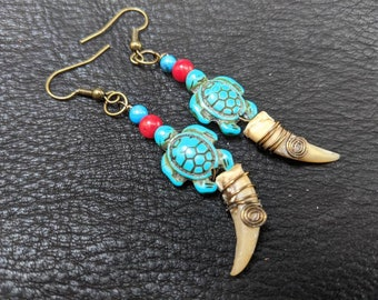Turtle Claw Earrings -  Native American Earrings, Native Jewelry, Animal Totem Jewelry, Claw Earrings, Turquoise and Red Coral Earrings