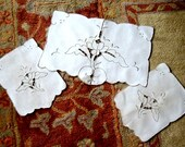 Madeira Table RUNNER Vintage Embroidered Lace Linen Classic Taupe Dresser Set 3
