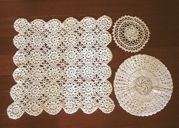 DOILY Runner Scarf Set CROCHETED LACE Cotton Crochet Delicate Oval