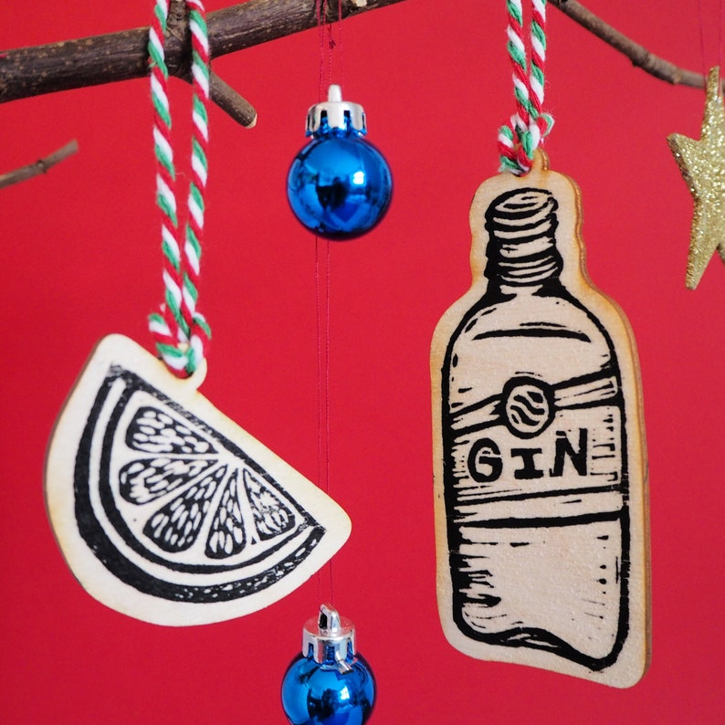 Gin and a slice Christmas Tree Decorations Printed Wooden image 0