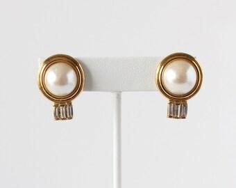 Vintage Sarah Coventry Art déco Style fausse perle et strass Clip sur boucles d'oreilles