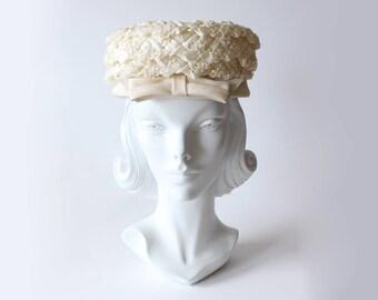 1950s Hat / Vintage Ivory Cellophane Pillbox Bow Hat