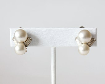 Vintage Coro Faux Pearl Rhinestone Screwback Earrings