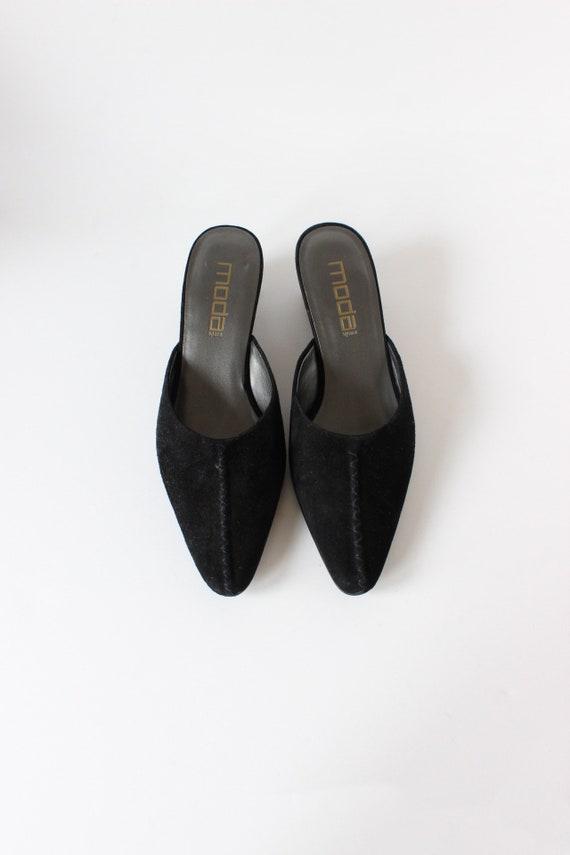 Vintage 1990s Moda Black Suede Pointy Toe Mules, … - image 4