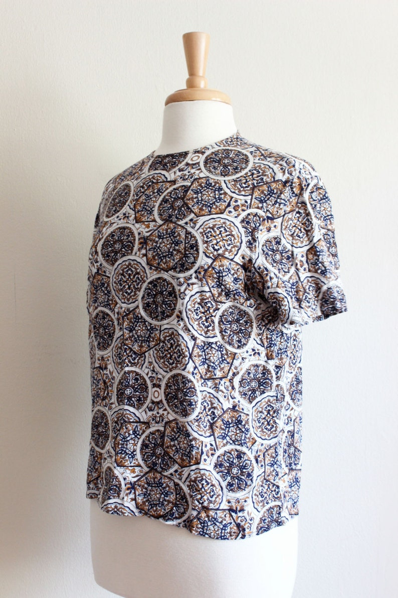 Brown Mandala Print Short Sleeve Top Vintage Navy White