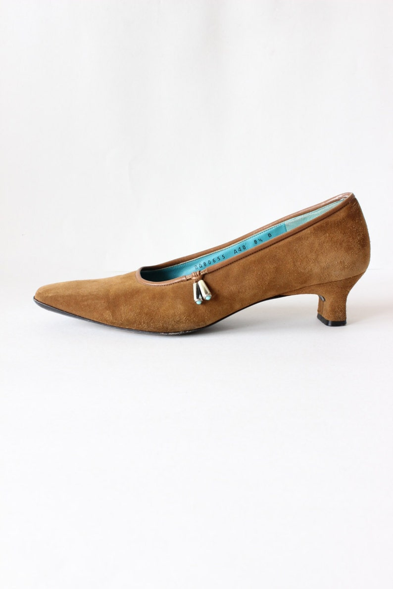 7c1e28f36b771 Vintage Southwestern Brown Suede Salvatore Ferragamo Heels, size 8.5