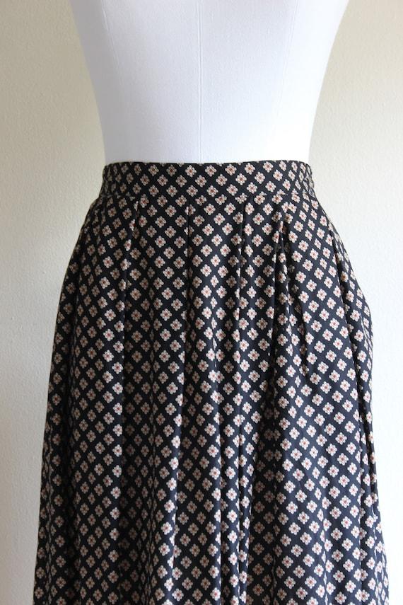 Vintage Equestrian Novelty Print Black Midi Skirt - image 4