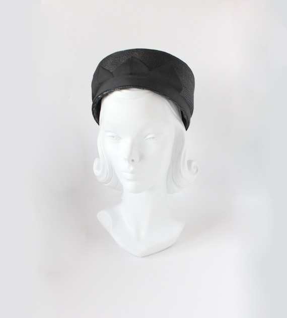 1960s Hat / Vintage Black Straw Pillbox Hat