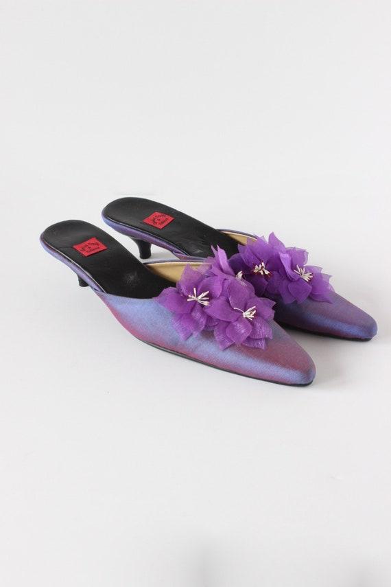 Vintage 1990s Iridescent Purple Flower Mules, siz… - image 4