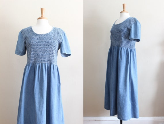 Vintage 1990s Short Sleeve Smocked Denim Dress