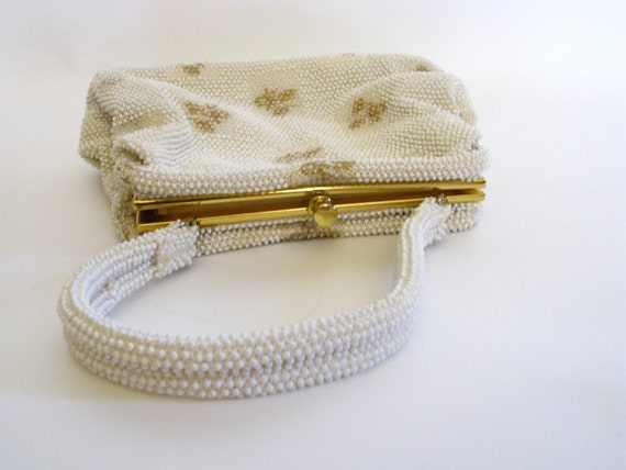 1960s Bag / Vintage Gold and White Beaded Top Han… - image 3