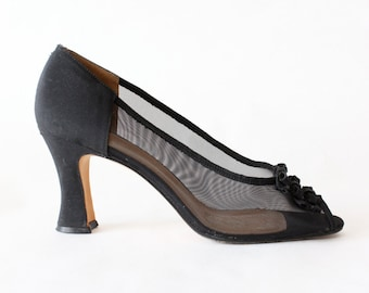 Vintage Black Mesh Triple Bow Peep Toe Pumps, size 8.5