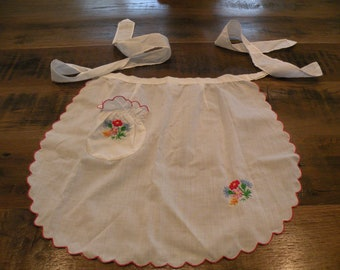 Sweet Embroidered Half Apron from 1950's